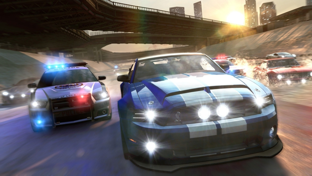 01_The-CREW_screen_DownTheDrain_e3_2014_147806
